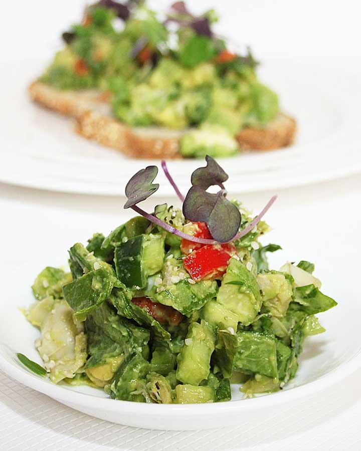Fresh is Real Vegan Avocado Artichoke Spinach Salad