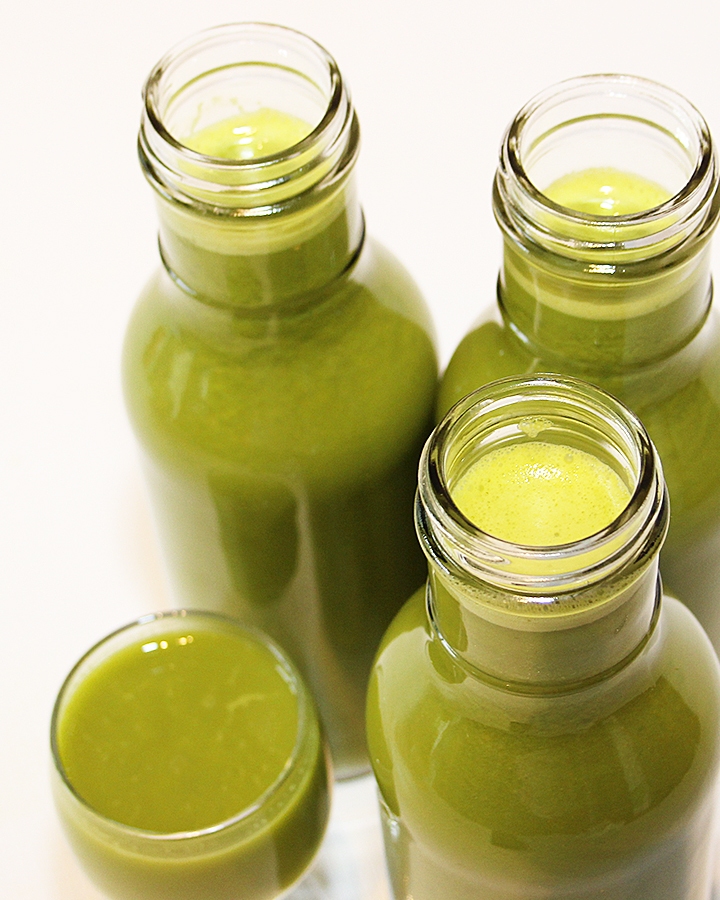 Easy, Nutrient-Dense, Mood Boosting Squeezed Veggie Green Juice Recipe. Ideal breakfast and snack, as it will not spike your blood sugar. Chantal   freshisreal.com