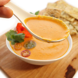 Easy Dairy-Free Vegan Creamy Tomato Soup Recipe - This delicious Easy Dairy-Free Vegan Creamy Tomato Soup is rich, flavourful, and simple to make. Tested and approved by kids, completely allergen-friendly - freshisreal.com