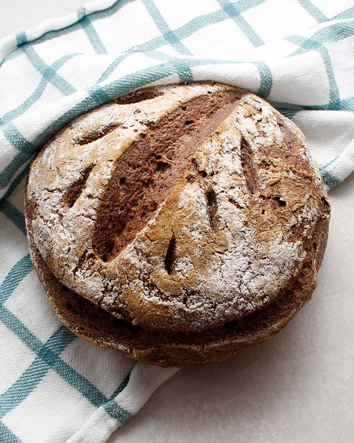 Gorgeous yeast-free and grain-free bread boule.