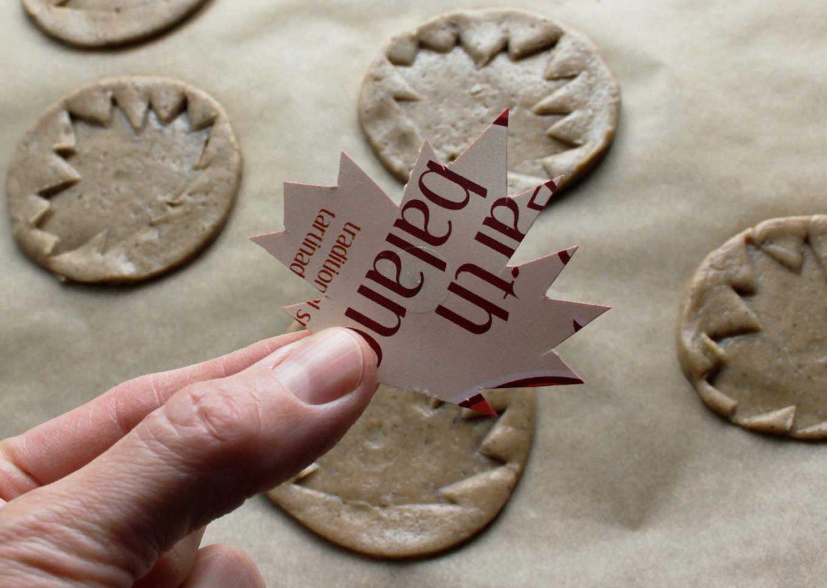Maple leaf hack to stamp cookies